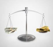 Balanza del dinero Imagen de archivo