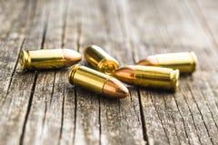 balas de la pistola de 9m m Fotos de archivo libres de regalías