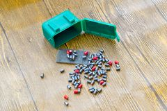 Balas de la ventaja para las armas neumáticas Balas del calibre 4 5 milímetros Imagenes de archivo