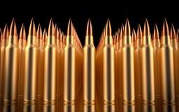 Balas do rifle alinhadas na formação Fotografia de Stock