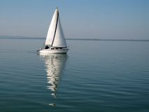balaton小船航行 库存图片