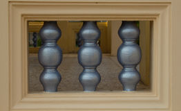 Balaustrada de pedra cinzenta da sala Foto de Stock Royalty Free