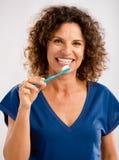 Balayez mes teeths et gardez mon beau sourire Images stock