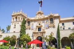 Balboa gościa Parkowy centrum i Prado restauracja w - 21, 2017 - Zdjęcie Stock