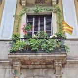 Balcão de florescência em Placa Reial, Barcelona fotografia de stock