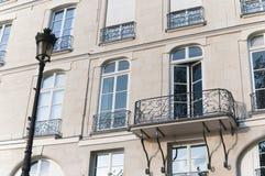 Balcão em Paris fotografia de stock royalty free