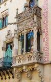 Balcão na casa Amatller no distrito de Eixample de Barcelona fotos de stock