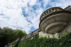 Balcão perto do palácio da estufa para cultivo de laranjas no parque de Sanssouci Foto de Stock Royalty Free