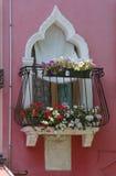 Balcão romântico com flores Imagens de Stock Royalty Free