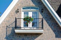 Balcón de la casa fotos de archivo libres de regalías