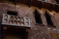 Balcón de la casa del ` s de Juliet en Verona, Italia Foto de archivo libre de regalías
