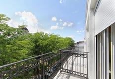 Balcón de la nueva casa Imágenes de archivo libres de regalías