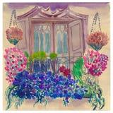 Balcón del vintage adornado con muchas flores florecientes Imagen de archivo libre de regalías