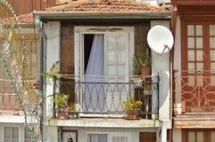 Balcón en la ciudad de Oporto foto de archivo libre de regalías