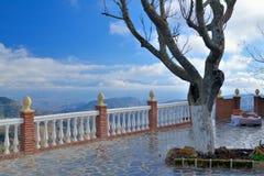 Balcón en las montañas fotografía de archivo libre de regalías