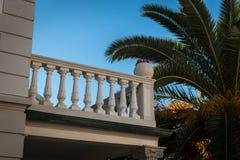 Balcón en San Vicente, Toscana, Italia imagenes de archivo