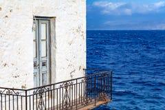 Balcón por el mar Foto de archivo