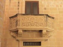 Balcón tallado foto de archivo
