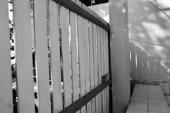 Balcón y un asiento imagenes de archivo