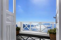Balcon au-dessus de la mer Photos stock