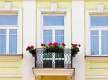 Balcon avec des fleurs Image libre de droits