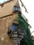 Balcon avec des fleurs Photo libre de droits