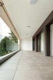 Balcon d'un nouvel appartement Images stock