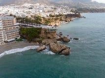 Balcon de Europa o balcone di Europa nella città di Nerja su Costa del Sol, Andalusia, Spagna immagine stock libera da diritti