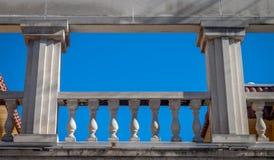 Balcon grec Photographie stock libre de droits
