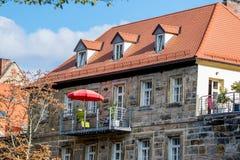 Balcone d'acciaio nella vecchia città di Bayreuth fotografie stock