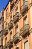 Balcones del hierro en los apartamentos de Málaga Imagen de archivo