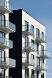 Balcones en la arquitectura moderna foto de archivo libre de regalías