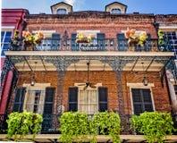 2 balconi con un quartiere francese di 7 piantatrici Fotografia Stock