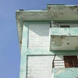 Balconi dell'appartamento di sbriciolatura Fotografia Stock