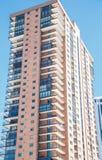 Balconi nella costruzione di appartamento alta Fotografia Stock Libera da Diritti