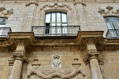 Balconi sui vecchi monumenti storici Fotografia Stock Libera da Diritti