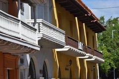 Balcony& numeroso x27; s en la ciudad vieja Cartagena foto de archivo libre de regalías