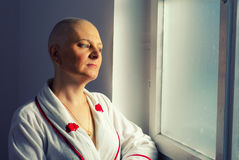 Bald woman cancer patient in the hospital Royalty Free Stock Images