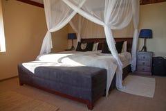 Baldachimu łóżko Zdjęcia Royalty Free