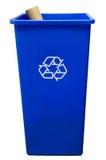 Balde do lixo no fundo branco com um rolo de papel Fotografia de Stock Royalty Free