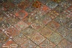 Baldosas del siglo XIII, casa de verano, abadía de Mottisfont, Hampshire, Inglaterra Imagenes de archivo