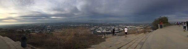 Baldwin Hills Overlooking LA royaltyfri bild