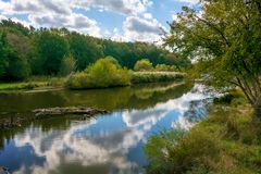 Baldwin Lake Reflections. In Cuyahoga County, Ohio. Located in Mill Stream Run Reservation near Berea Ohio. The site of a former sandstone quarry stock images