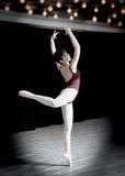 Balerina w studiu Zdjęcia Royalty Free