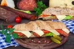 Baleron i serowe podwodne kanapki Zdjęcie Stock