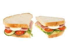 Baleron sałatkowa kanapka odizolowywająca Obrazy Stock
