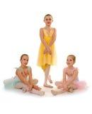 Baletniczy taniec dziewczyn tercet zdjęcia royalty free