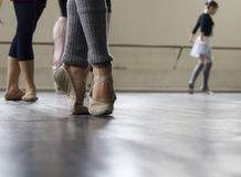 balettdansövning royaltyfria foton
