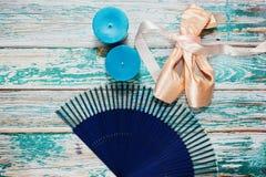Balettstilleben i blåa signaler royaltyfri fotografi
