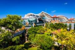 BALI Denpasar internationell flygplats på den tropiska ön Bali Arkivfoto